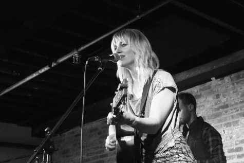 "<strong> Vermont folk musician Anais Mitchell plays Signal Kitchen Dec. 5. Mitchell is currently on tour for her seventh album, ""Xoa."" </strong>"