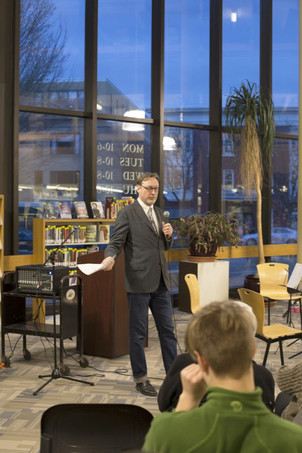 "Author M.T. Anderson talks about his new book ""Symphony for the City of the Dead"" in the Fletcher Free Library March 31. PHIL CARRUTHERS/The Vermont Cynic"