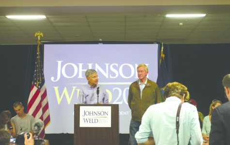 Johnson speaks at S. Burlington rally