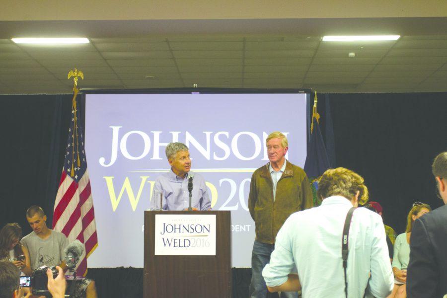 Johnson speaks at S. Burlington rally