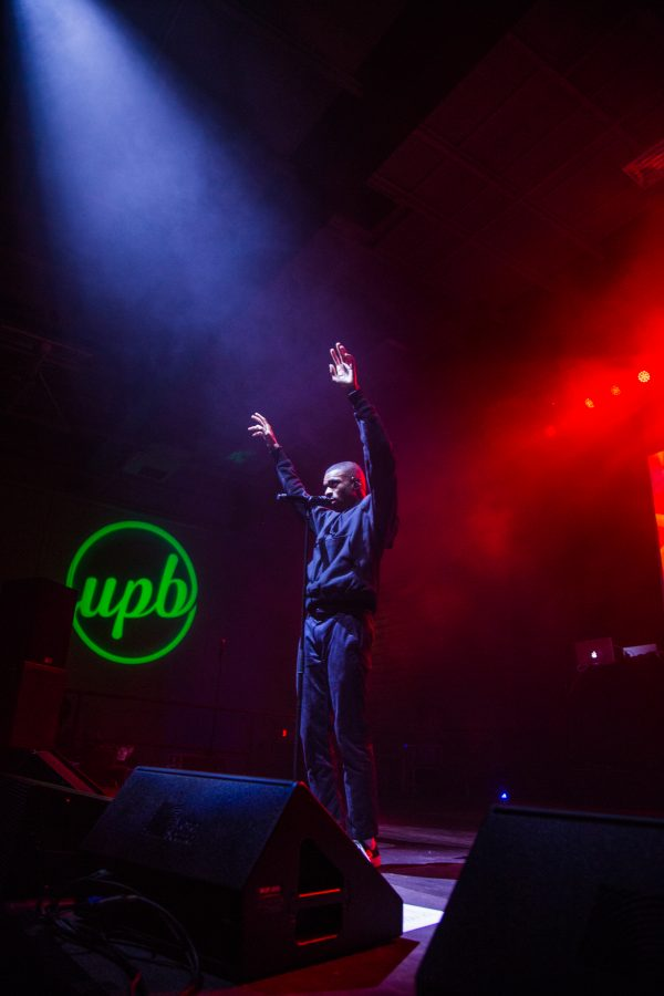 West Coast rapper delivers at FallFest