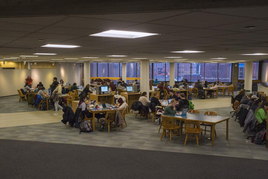 Students study in the Bailey/Howe Library ahead of midterms. SGA has pushed back against the Faculty Senate to reinstate reading days during the finals schedule.