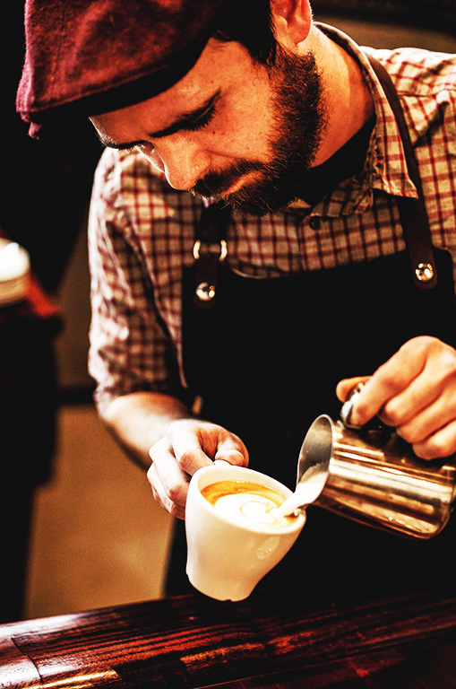 Local+baristas+create+latte+art