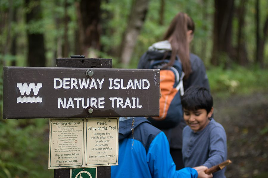 Birding for Change: UVM professor and students lead after-school program to get kids outside
