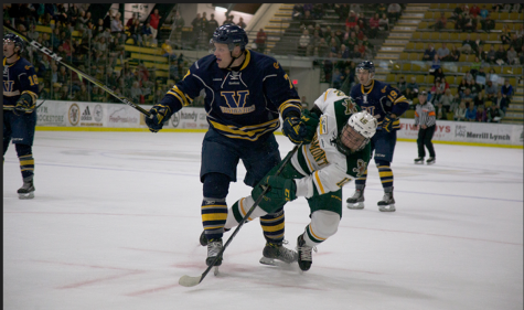 Men's hockey bounces back after close loss