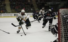 Men's hockey improves in its second weekend game