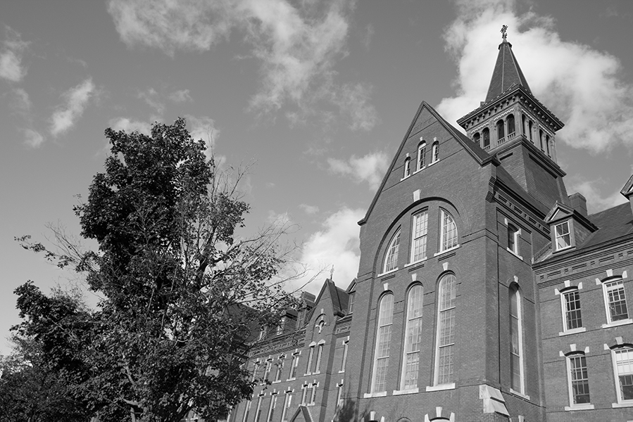 Since fall 2017, the College of Arts and Sciences has allowed students to take courses at either Saint Michael's College or Champlain College if the course is not offered at UVM.