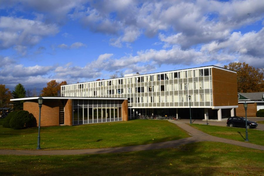McAuley+Hall+basks+in+the+sunshine+on+Trinity+campus%2C+Nov.+1.+Asbestos%2C+one+of+the+hazardous+materials+used+in+the+construction+of+the+building%2C+was+outlawed+in+the+%E2%80%9870s+because+it+causes+cancer.
