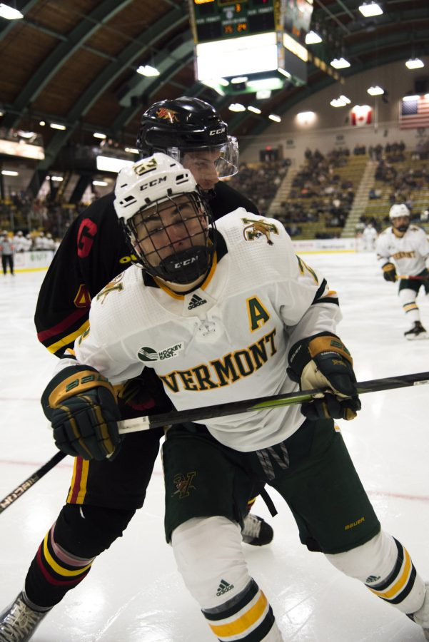 UVM+men%E2%80%99s+hockey+won+their+first+game+of+the+season+Oct.+5%2C+The+Cats+won+the+game+6-1.+%0A