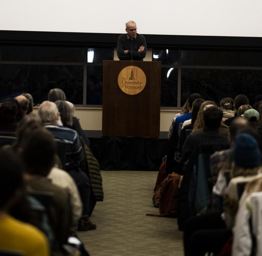 Environmentalist+Bill+McKibben+addressed+a+crowd+of+about+200+hundred+students+Dec.+2+at+UVM.+McKibben+said+UVM+needs+to+divest+from+fossil+fuels.