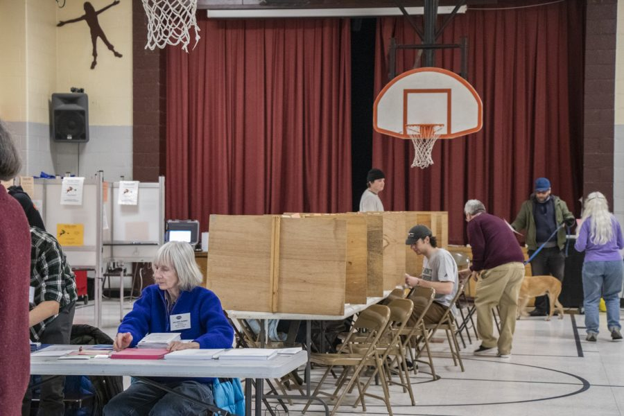 The view inside of Ward 2's polling place.