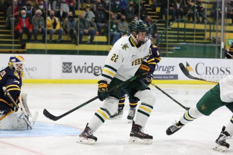 UVM's mens' hockey faced off against Quinnipiac Saturday Oct. 16.